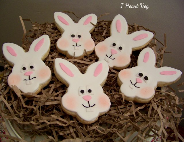 Some Bunny Luvs You Vegan Sugar Cookie