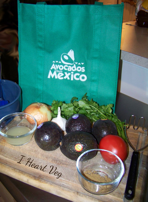Ingredients for Vegan Guacamole