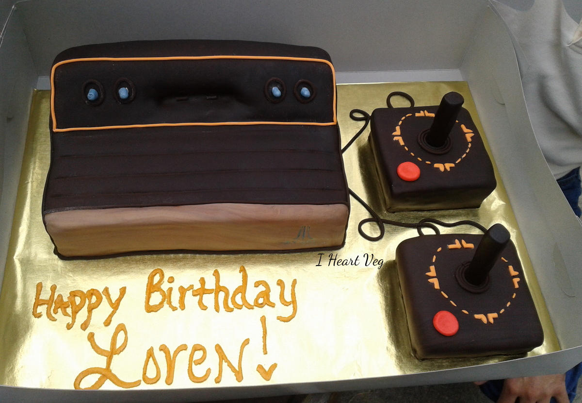 vegan atari shaped fan cake